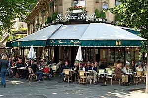 Кафе Два Маго, Париж, Франция.
