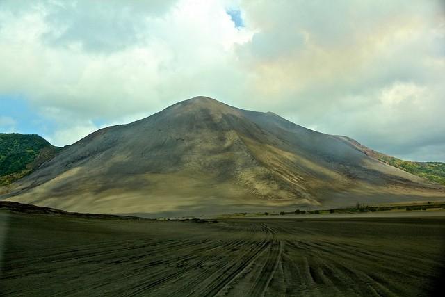vulkan-yasur-02