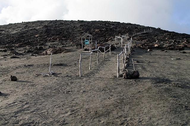 vulkan-yasur-09