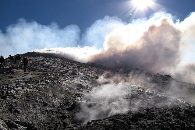 vulkan-stromboli-01