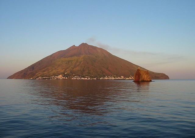 vulkan-stromboli-13
