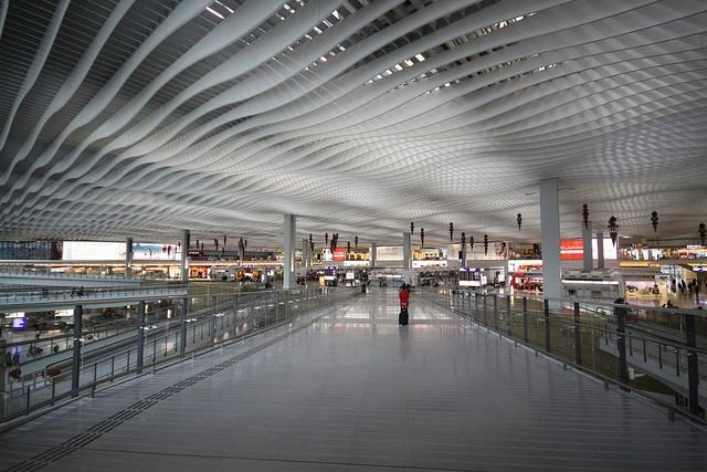 aeroport-gonkonga-01