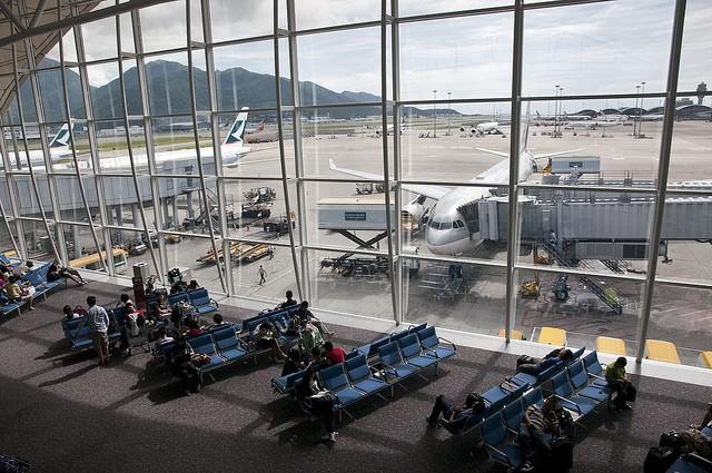 aeroport-gonkonga-06