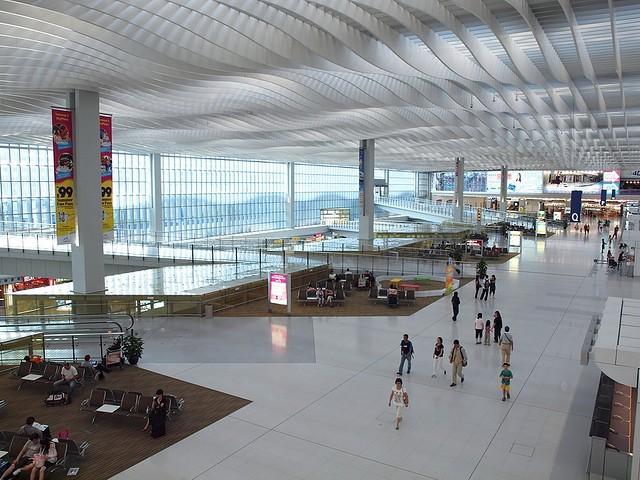 aeroport-gonkonga-18
