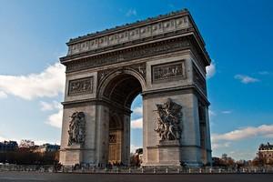 Триумфальная Арка в Париже, Франция.