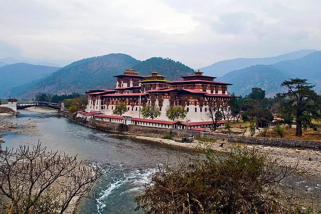 punakkha-dzong-01