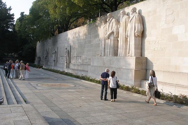 stena-reformacii-13