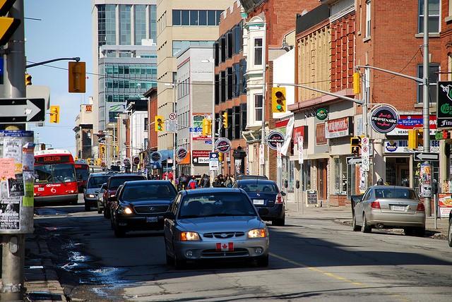 Купити «БУ» авто у Канаді