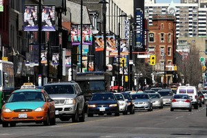 Улица Янг Стрит, Канада.