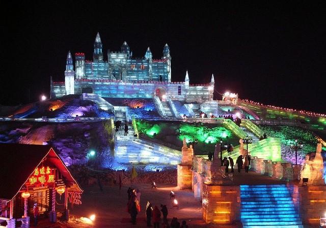 festival-lda-i-snega-kharbin-12