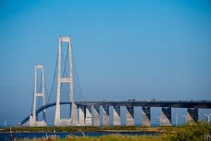 Мост Большой Бельт, Дания.