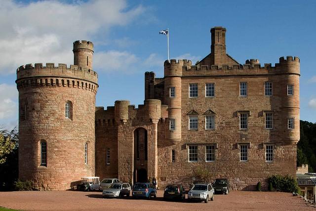 dalhousie-castle