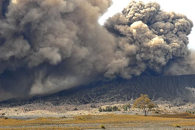 vulkan-bromo-15