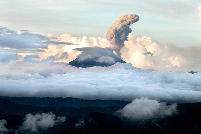 vulkan-bromo-17