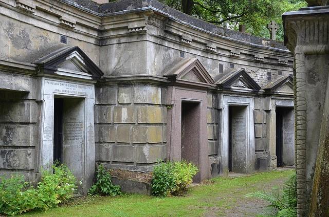 highgate-cemetery-10
