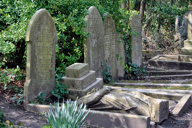 highgate-cemetery-15