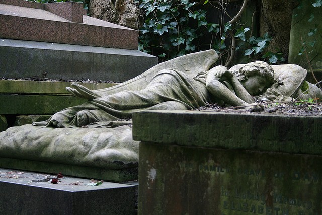 highgate-cemetery-19