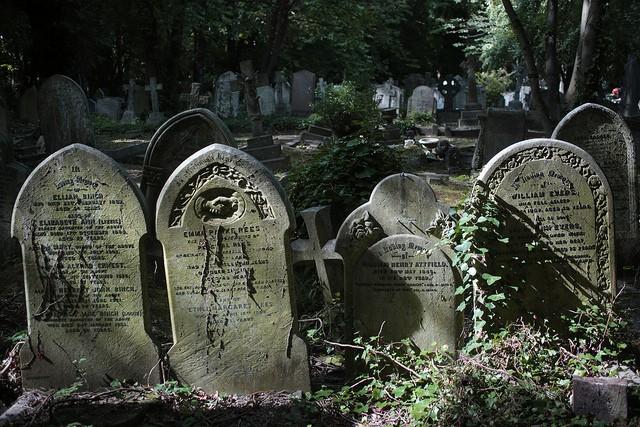 highgate-cemetery-20