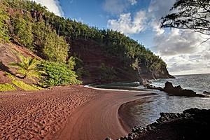 Красный пляж Каихалулу