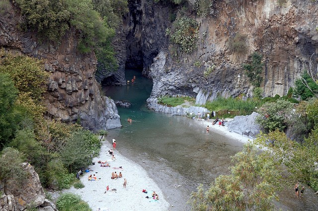 Ущелье Алькантара фото