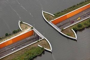 Акведук Велувемеер, Нидерланды.