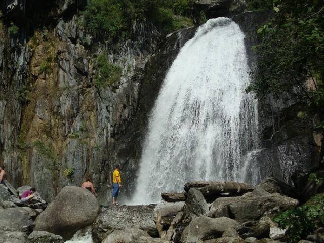 vodopad-korbu-09