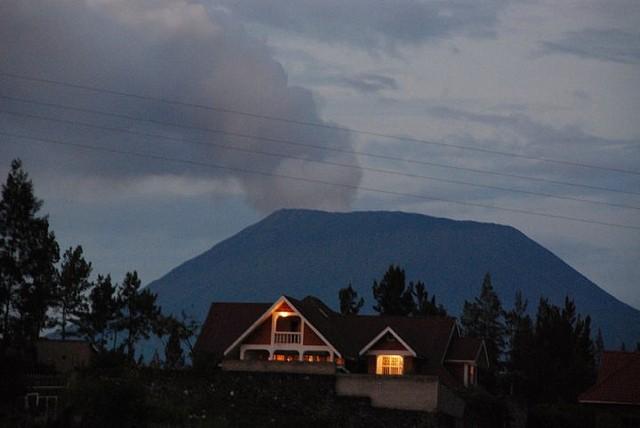 vulkan-niragongo-02