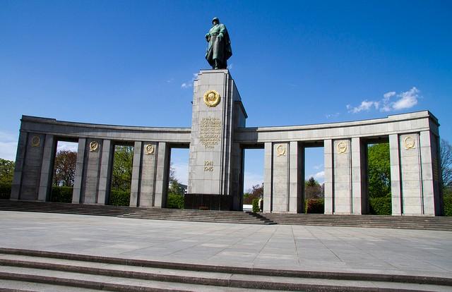 park-bolshoi-tirgarten-05