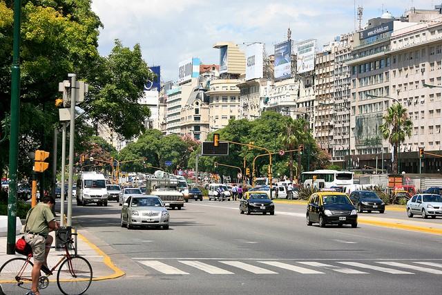 avenida-nueve-de-xulio-04