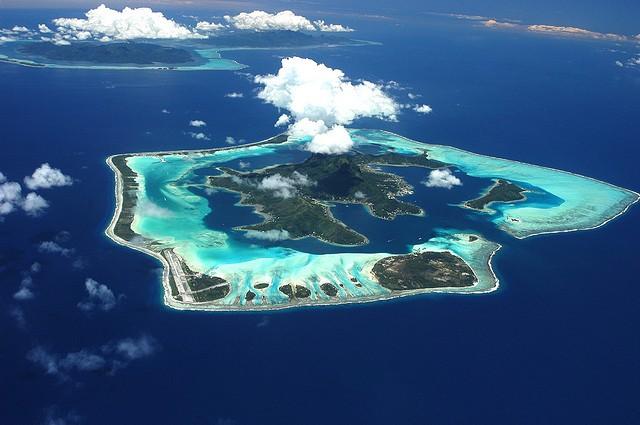 остров бора-бора где находится на карте мира