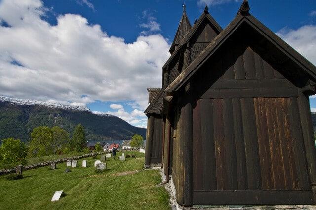 stavkirka-v-urnese-09